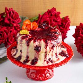 MINI CAKE IOGURTE FRUTAS VERMELHAS